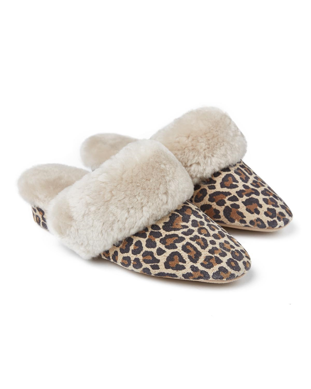 moffat snow leopard pair.jpg