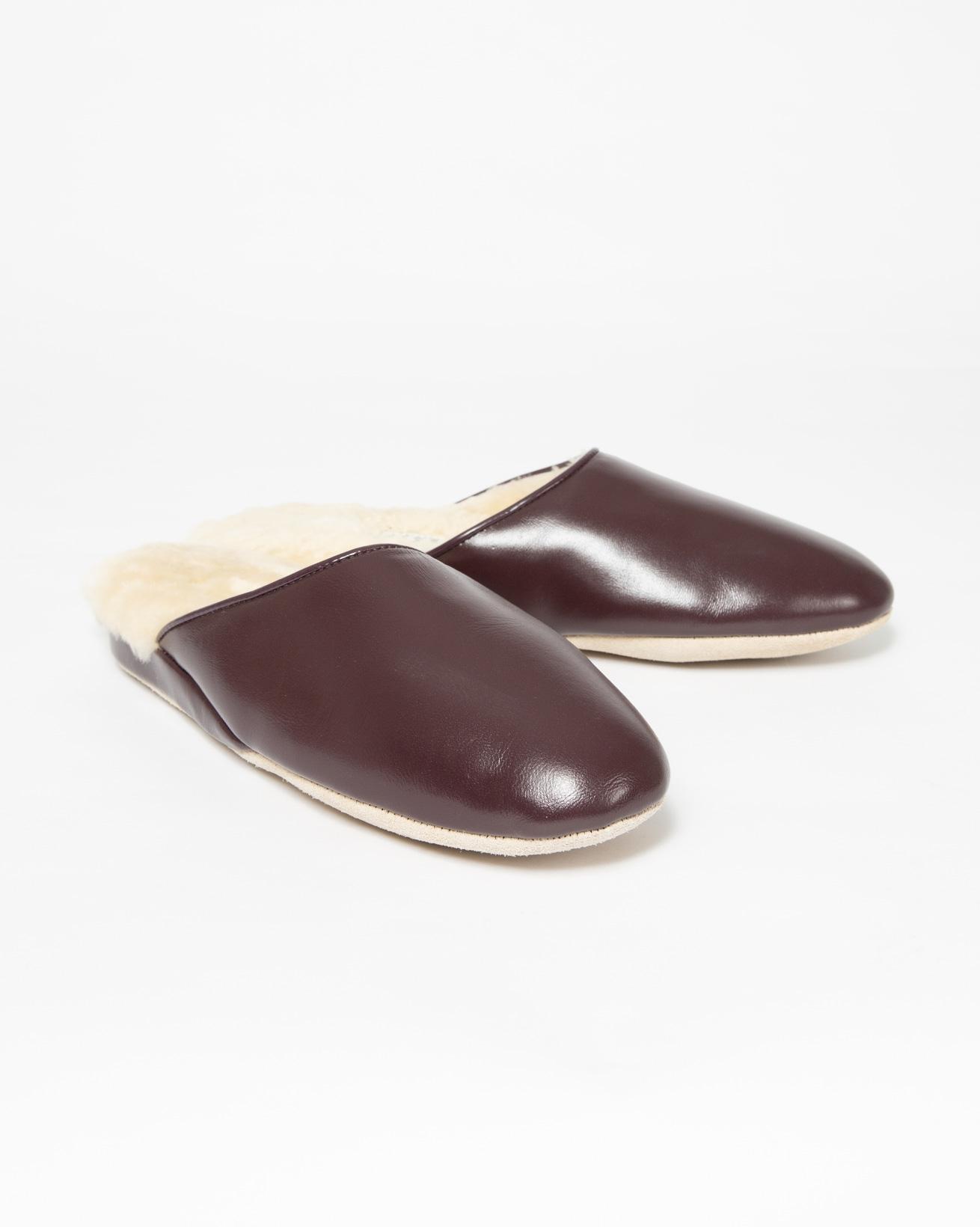 Irvine Slipper - Size 6 - Wine